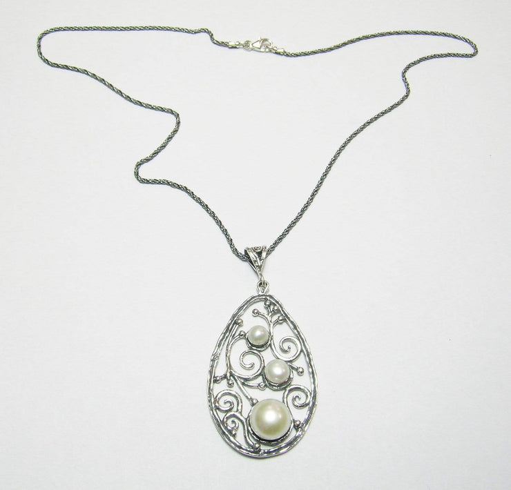 Silver Necklace with Pearls Pendant N9827 - Dandelion Jewellery