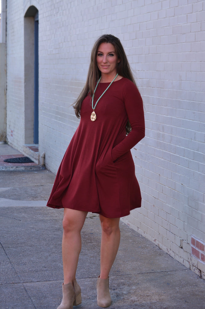 Load image into Gallery viewer, Fired Brick Pocket Dress, burgundy dress, Bijoux Vibes boutique Elizabeth City