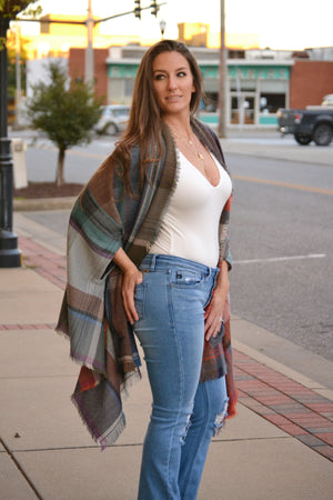 Load image into Gallery viewer, Plaid Shawl, Bijoux Vibes boutique Elizabeth City