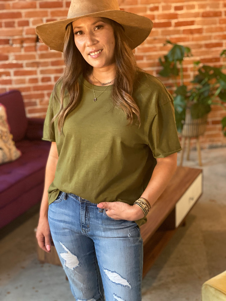Olive Green Tee, Bijoux Vibes boutique Elizabeth City