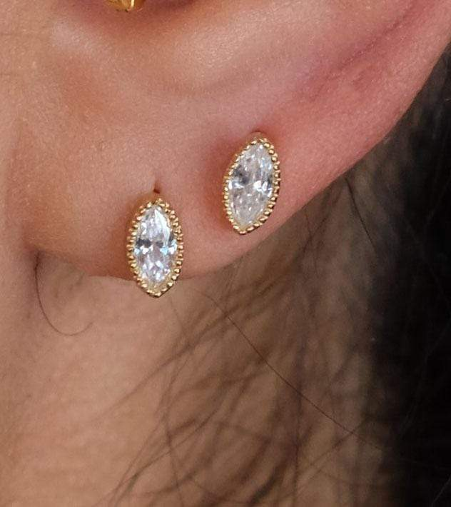 Saffy Jewels Earrings Marquis Scalloped Studs