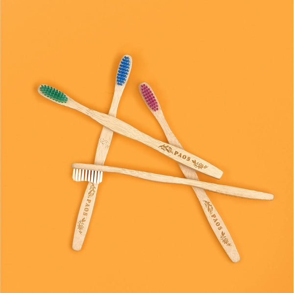 Lot de 12 - Brosses à dents colorées en bambou