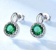 Laden Sie das Bild in den Galerie-Viewer, Elegant Created Emerald/Sapphire Earrings and Necklace Jewelry Sets