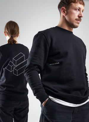 Three cubes sweater