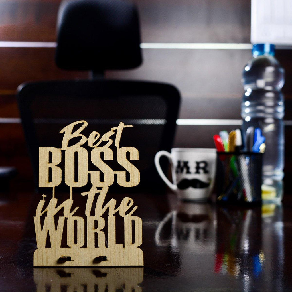 Best BOSS IN The WORLD - Table Top - Gift Kya De