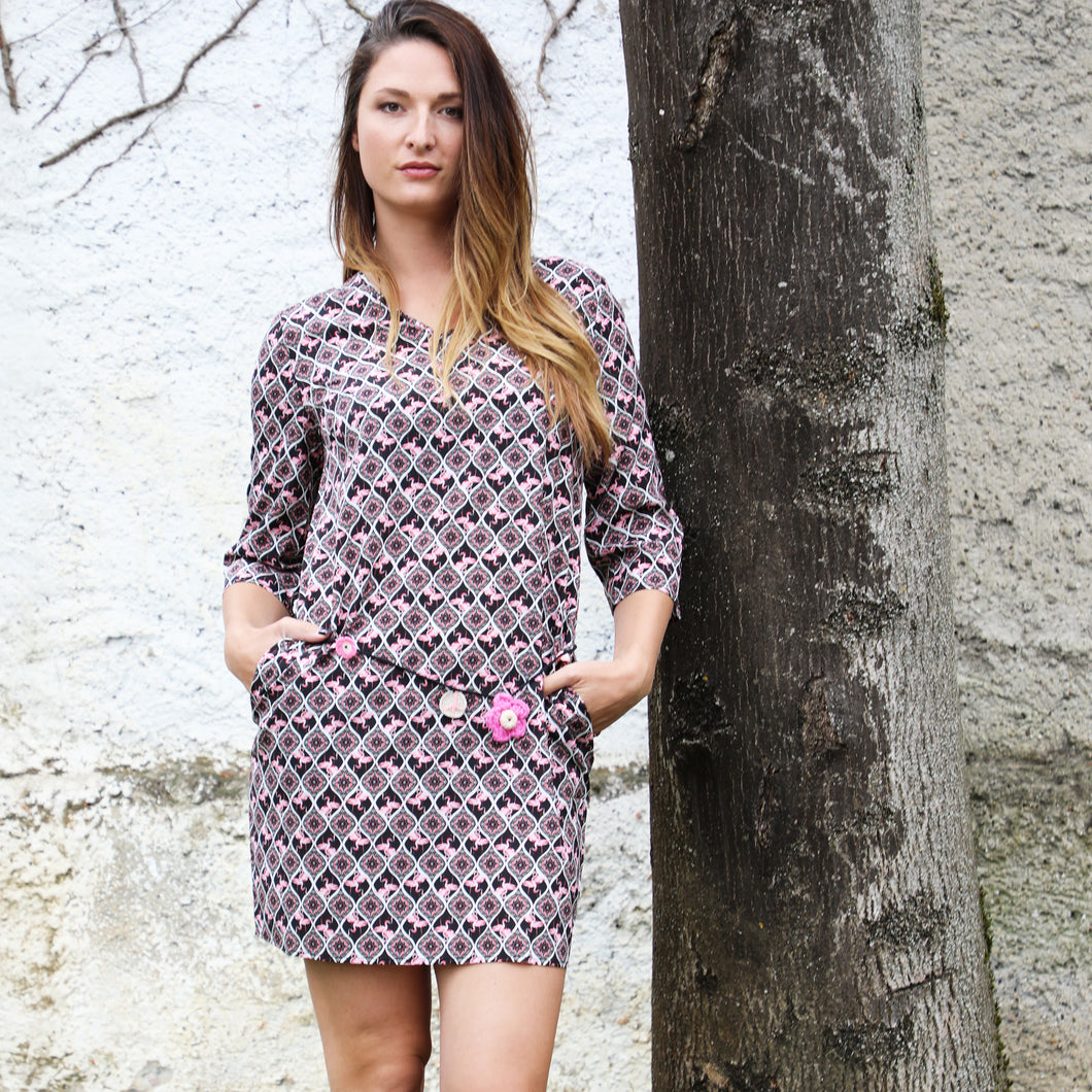 Robe poches col v flamants