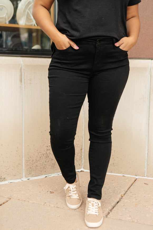Brooklyn Black Jeans