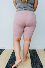 Aero Biker Shorts In Mauve
