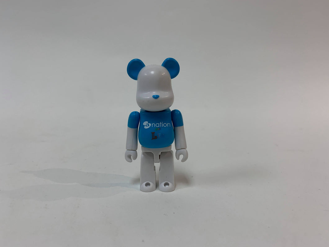 BEARBRICK 100% A-NATION LIFE