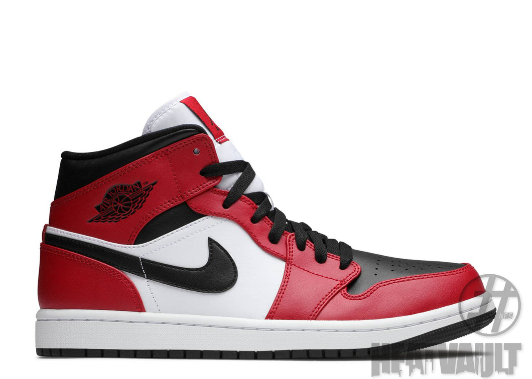 Air Jordan 1 Chicago Mid Black Toe