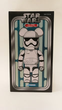 Load image into Gallery viewer, Bearbrick 400% Stom Trooper White