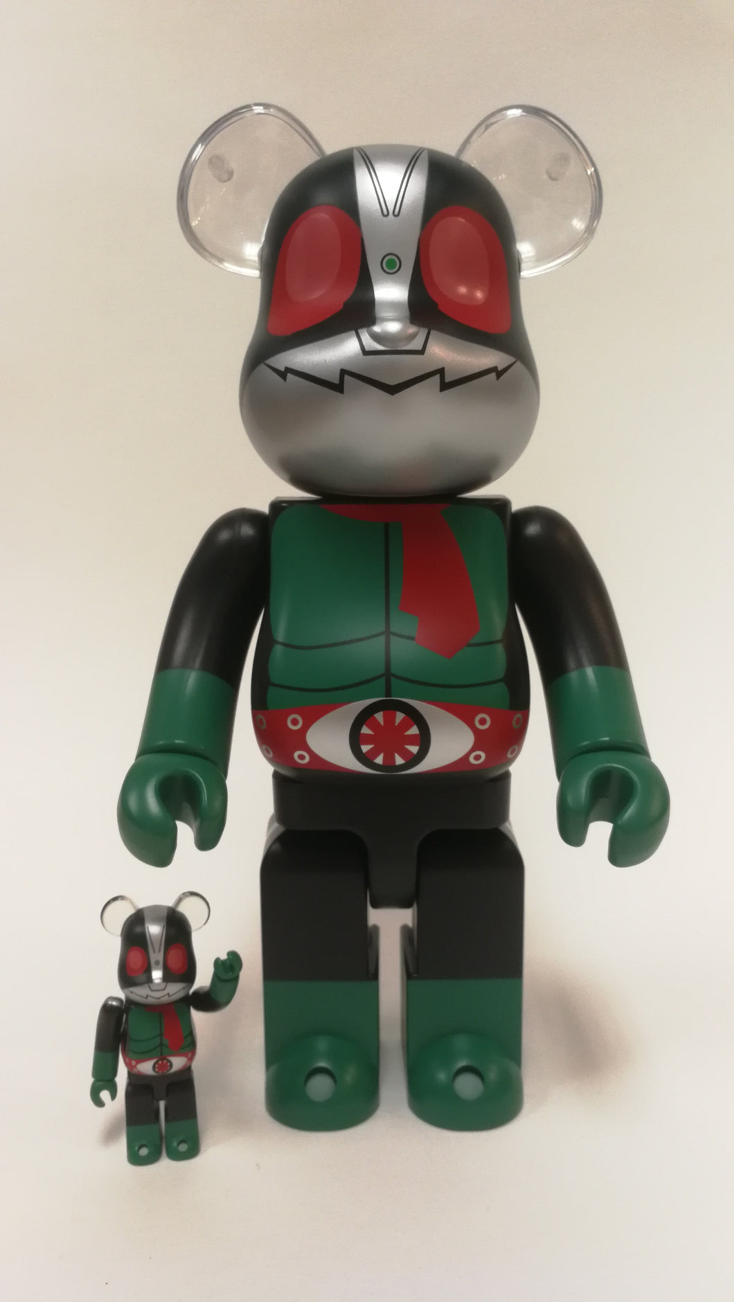 Bearbrick 100%/400% Kaimen Raider #2 Green