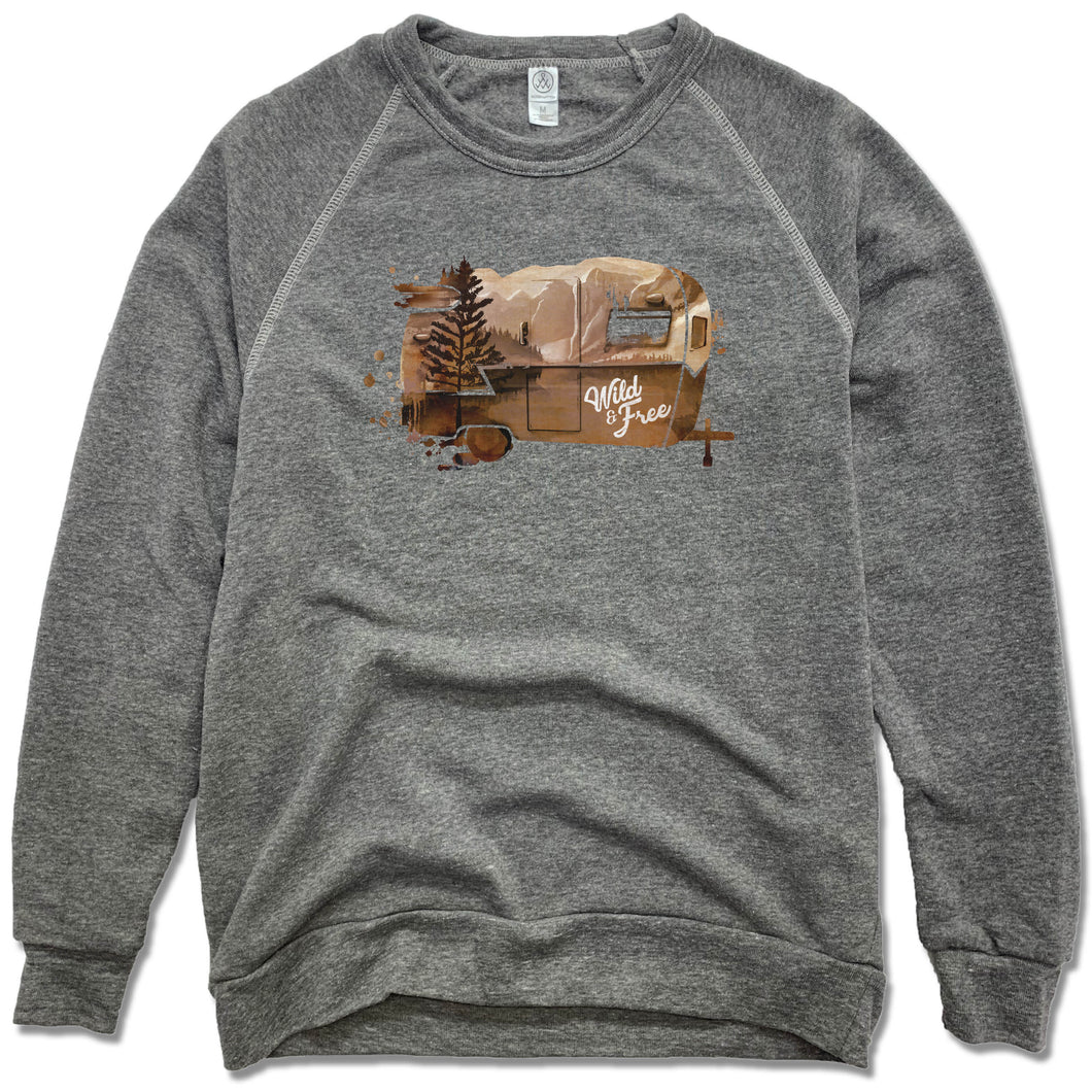 WILD AND FREE | FLEECE SWEATSHIRT