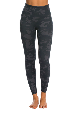 Look at Me Now - Seamless SPANX Leggins - Black Camo
