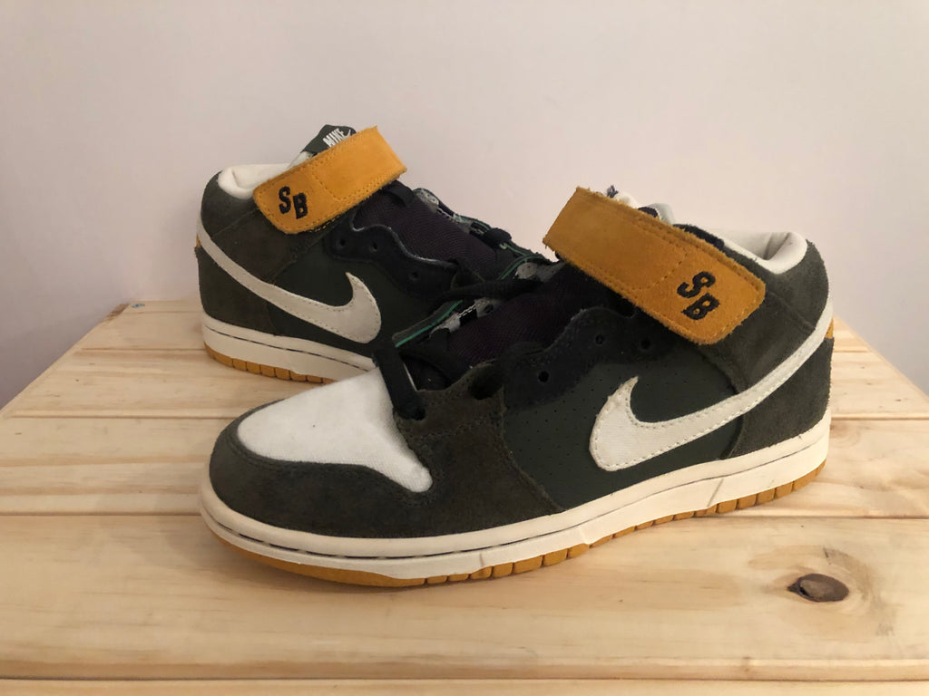 "Nike SB Dunk Mid ""Packers"""