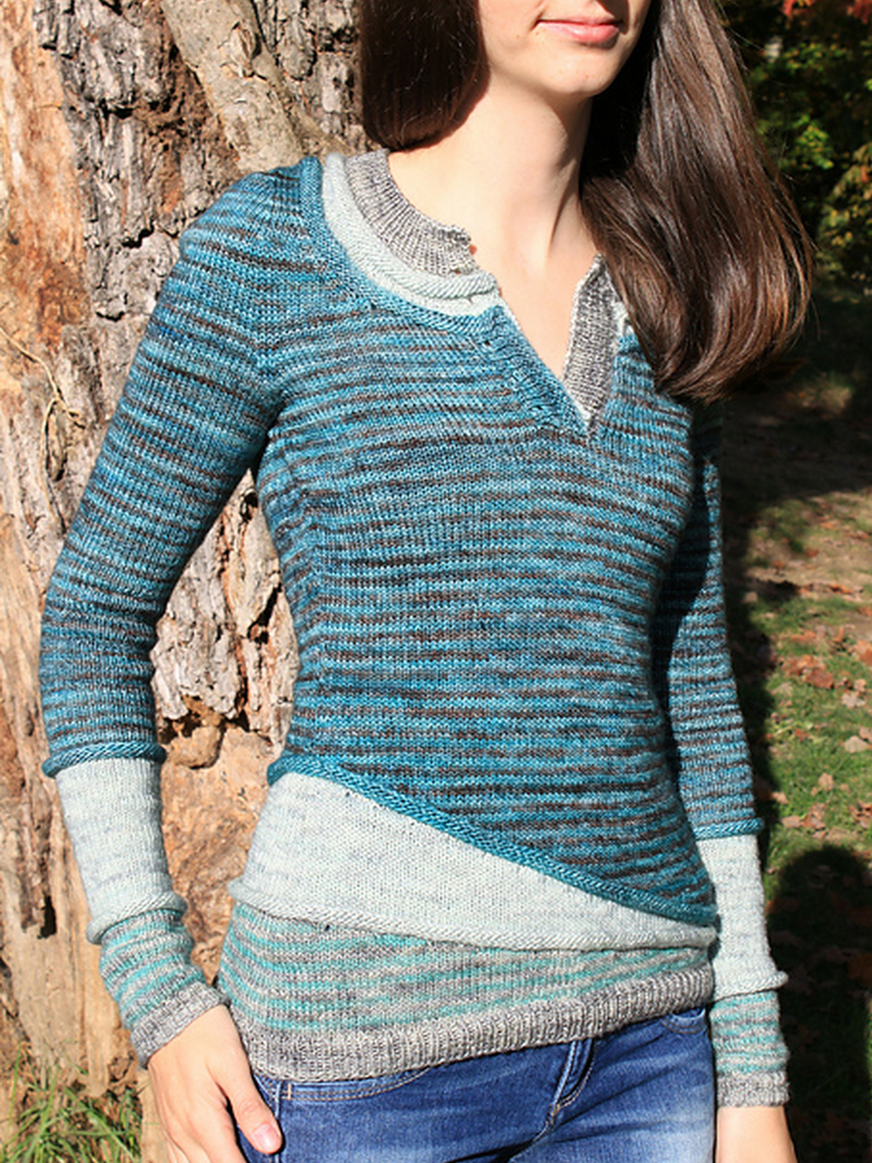 Blue Casual Plain Paneled Sweater