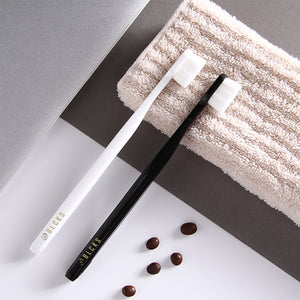 BLCKS™ Signature Everyday Ultrasoft Toothbrush