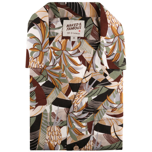 Aloha Shirt - Jungle Vacation - Brown / Green - front collar view
