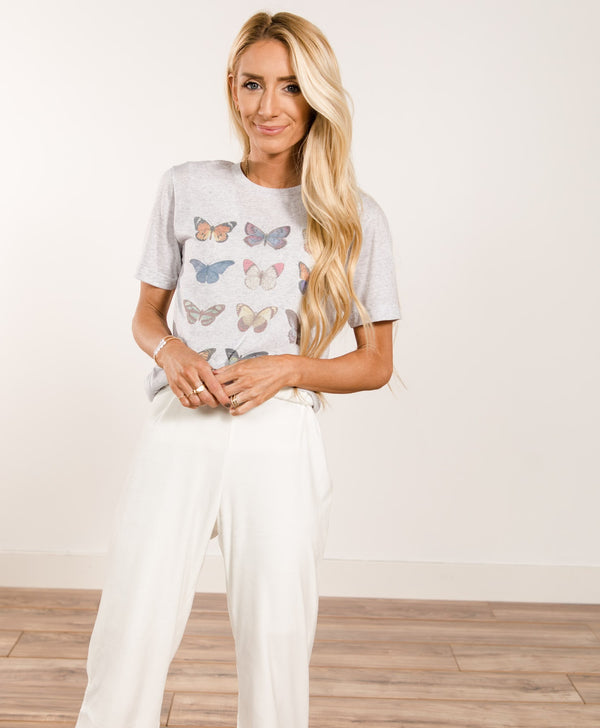 Mariposa Graphic Tee