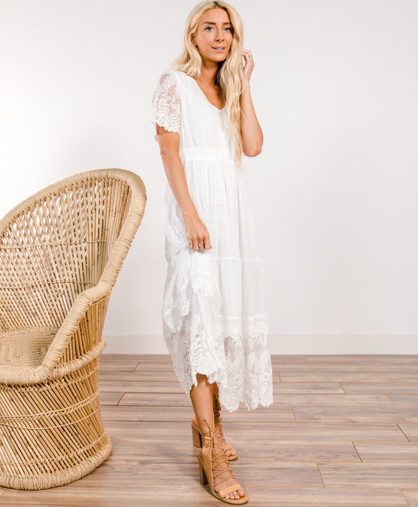 Joyce Lace Maxi Dress
