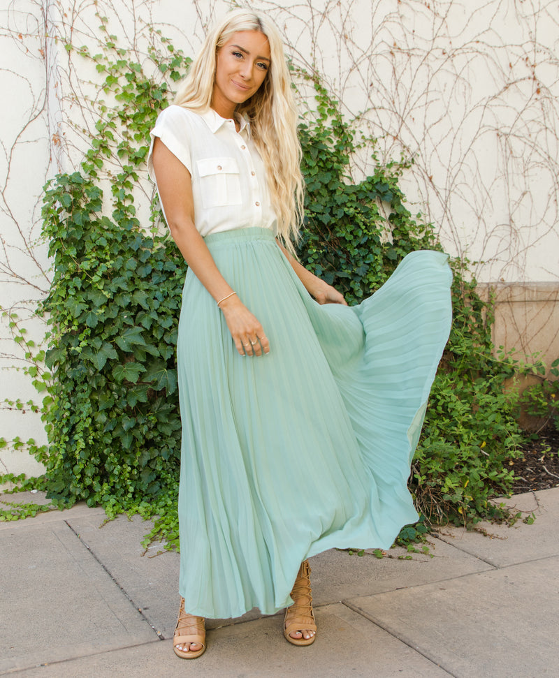 Tilly Pleated Skirt