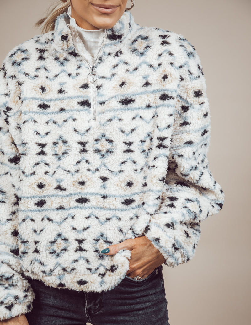 Lizzy Sherpa Pullover