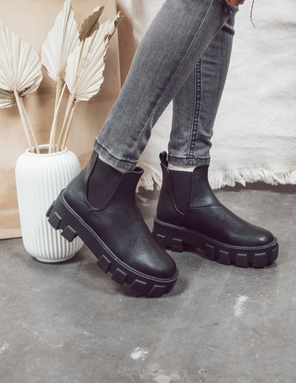 Xanthos Black Booties