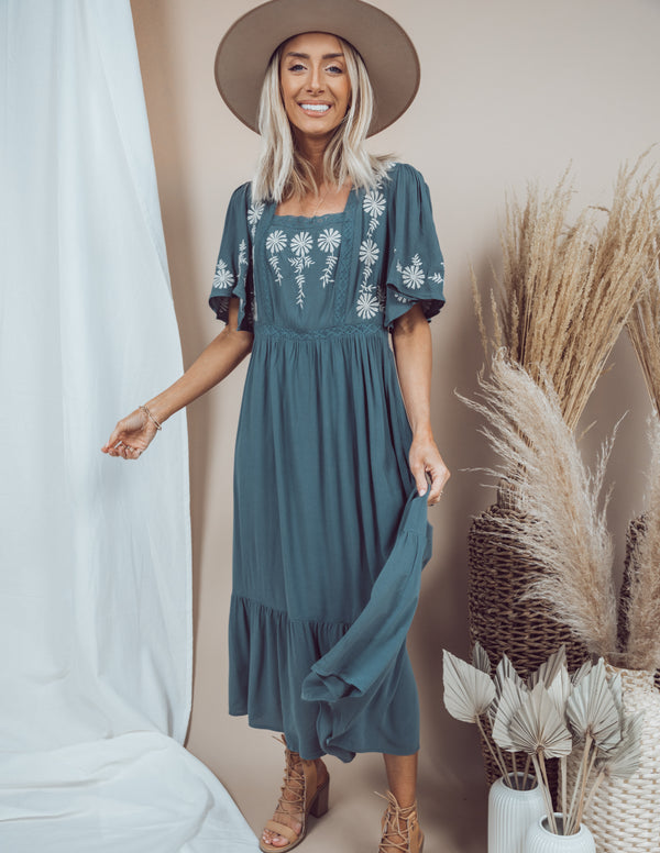 Journee Embroidered Midi Dress