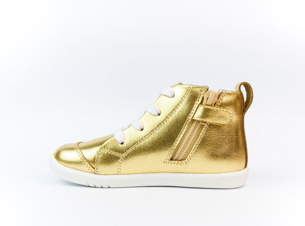 bobux step up alley oop - gold metallic - freddie the rat kids boutique