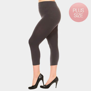 SOLID SEAMLESS CAPRI LEGGINGS - SSStyleN.com