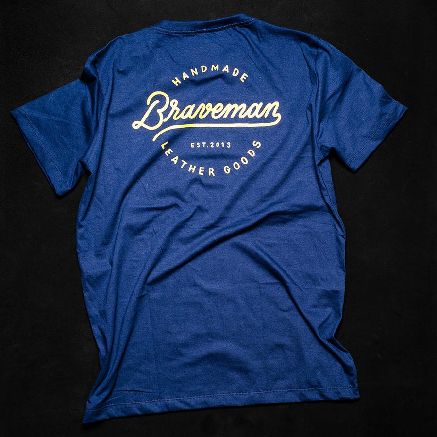 T-SHIRT LETTERING - BRAVEMAN LEATHER GOODS