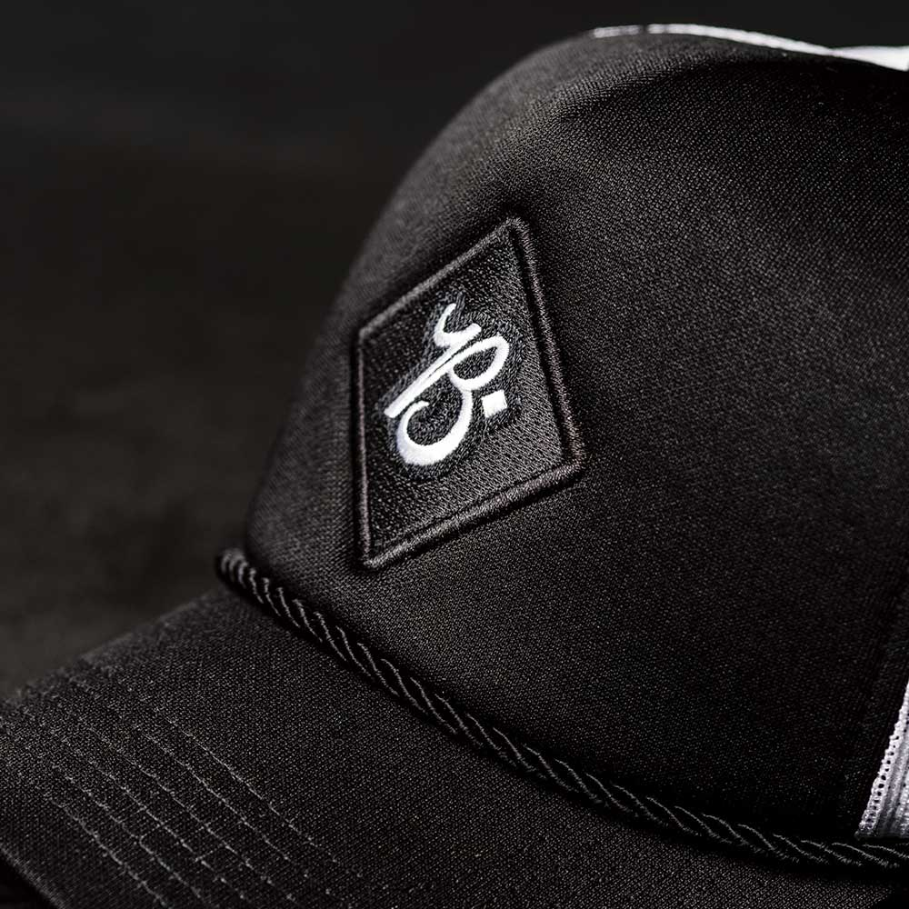 HAT TRUCKER BLACK/WHITE - BRAVEMAN LEATHER GOODS