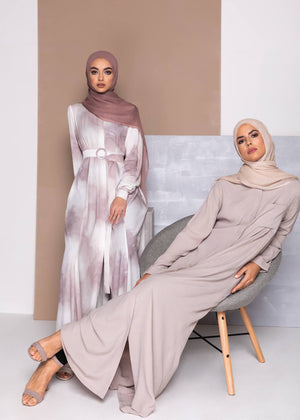 Pocket & Pleat Abaya Aab