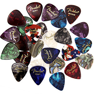 Fender Premium Guitar Picks Sampler - 12 Pack Includes Thin, Medium & Heavy Gauges