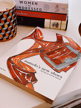 Load image into Gallery viewer, Coffee table book - Manolo's New Shoes, carte de Manolo Blahnik