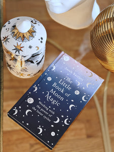 The Little Book of Moon Magic: Working with the power of the lunar cycles Hardcover
