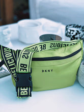 Load image into Gallery viewer, Borsetă verde FLUO DKNY