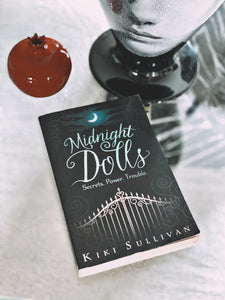 Midnight Dolls, Kiki Sullivan