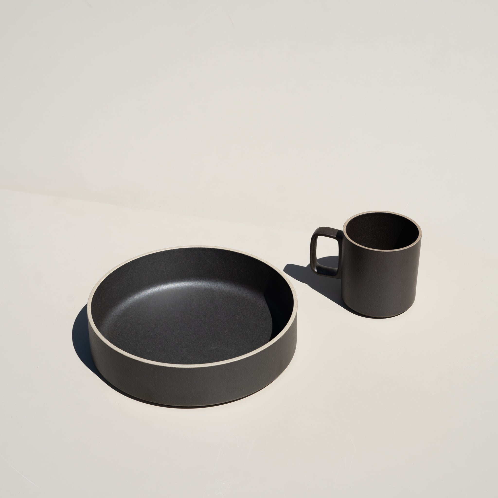 Japanese dinnerware from Hasami Porcelain at Commonplace.
