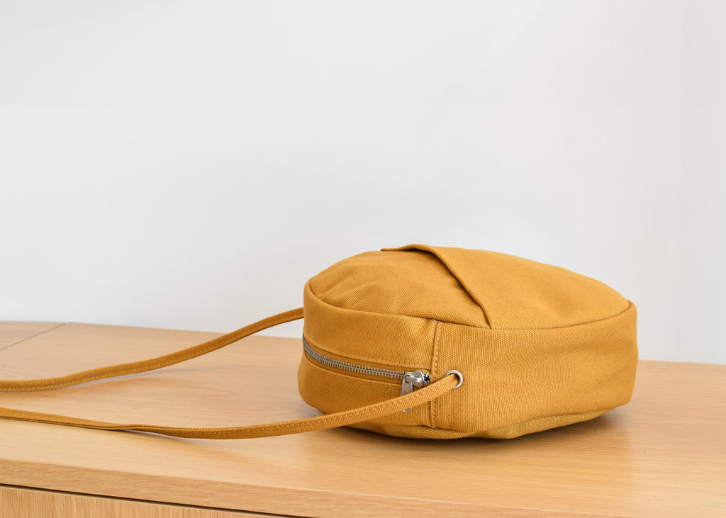 Canvas Circle Purse (Ochre)