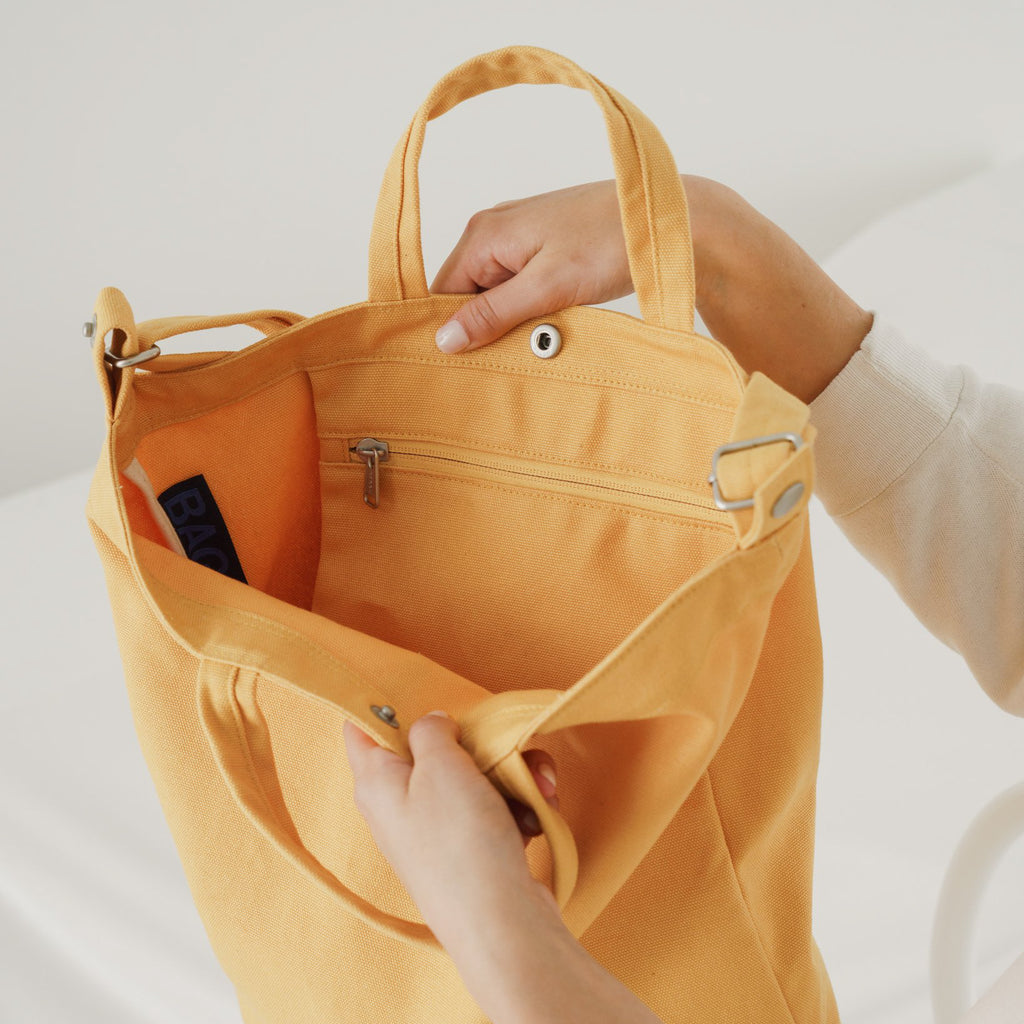 Duck Bag (Apricot)
