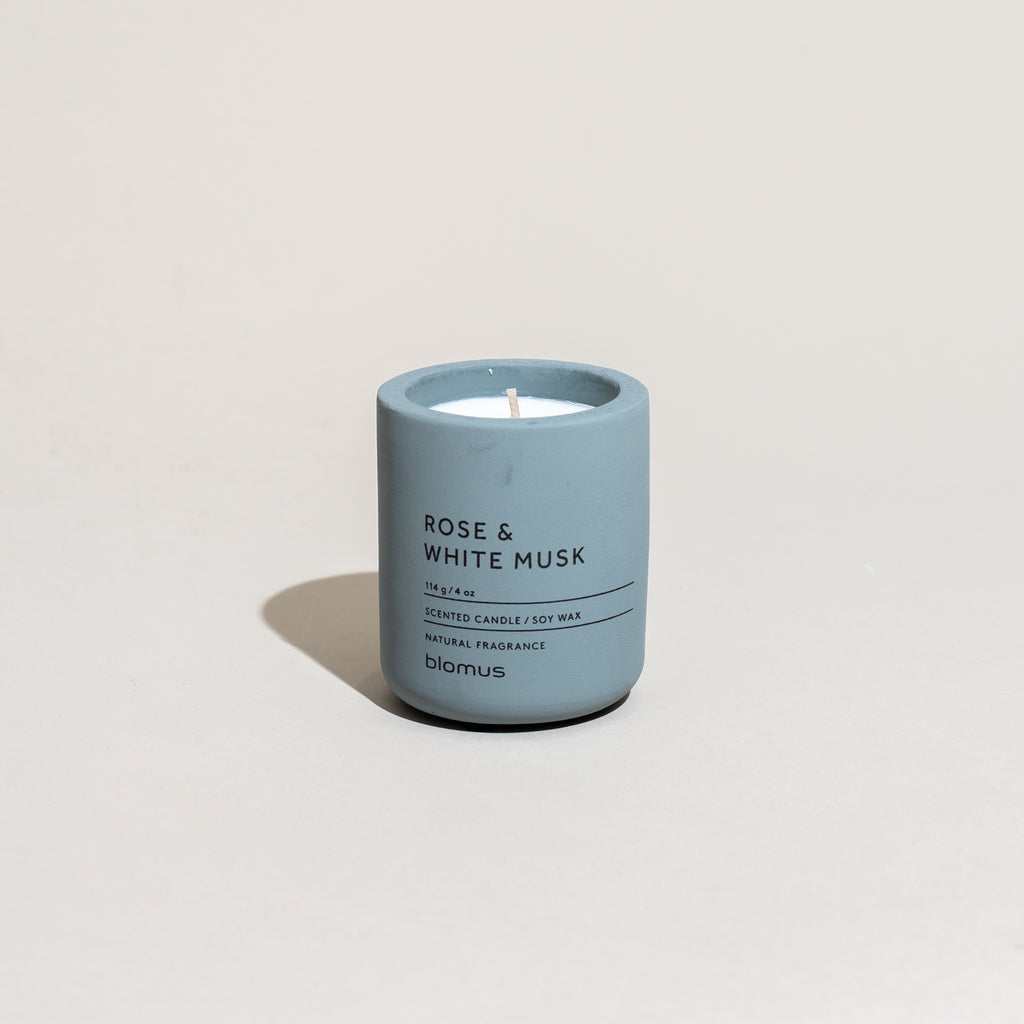 Concrete Candle (Rose & White Musk)