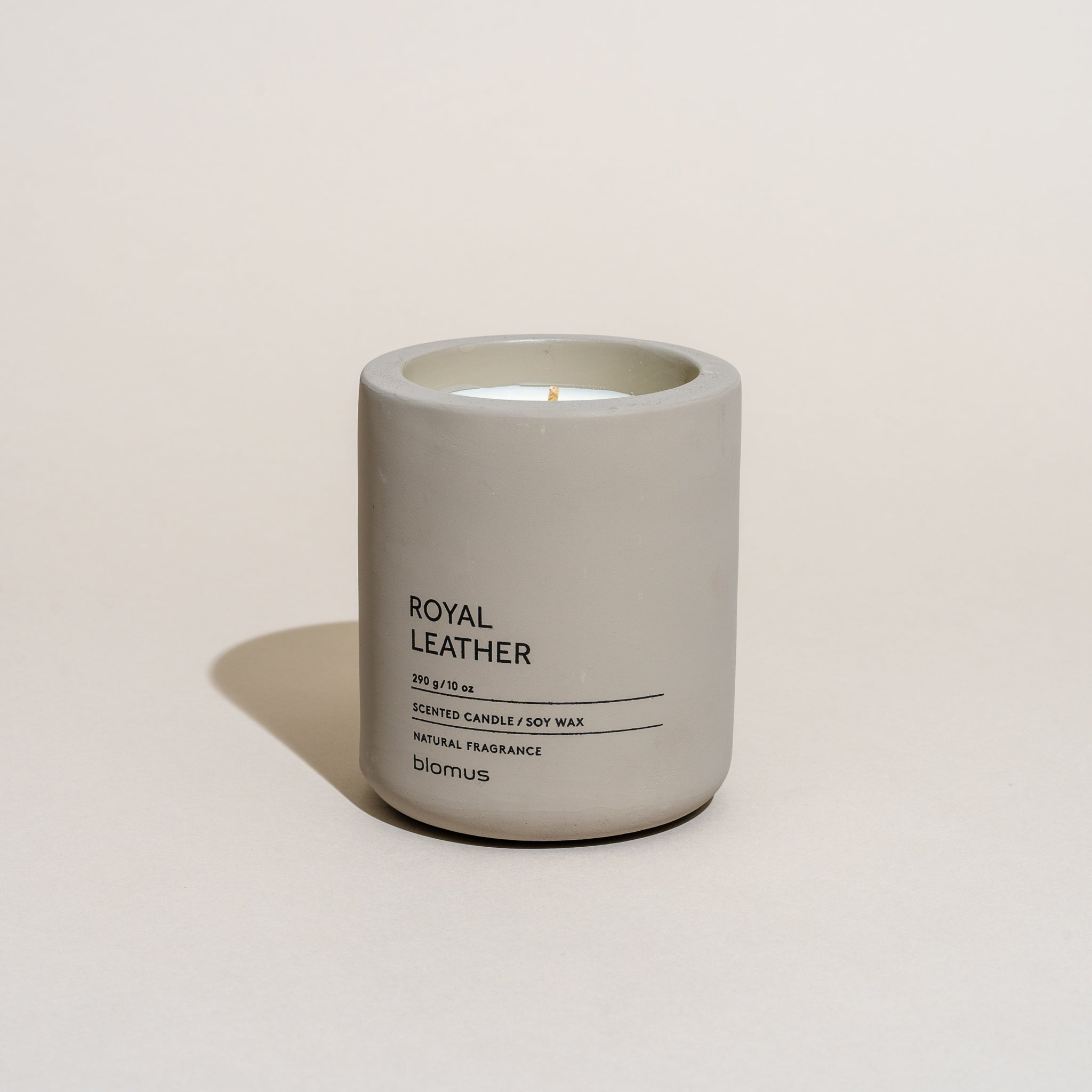 Concrete Candle - Large (Royal Leather)