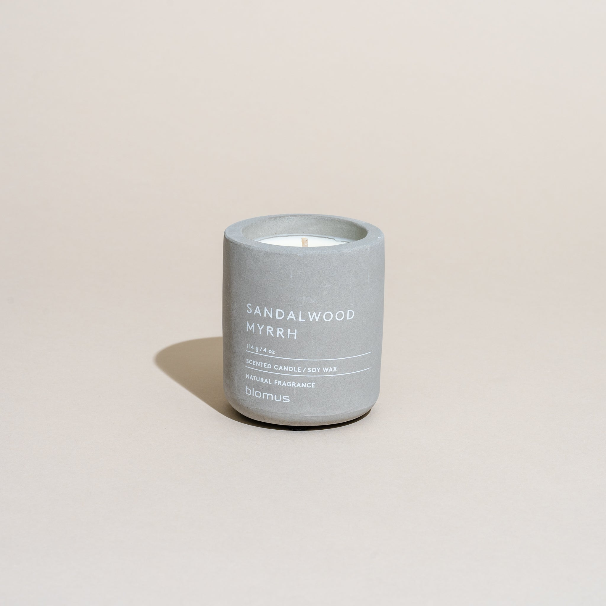 Concrete Candle (Sandalwood Myrrh)