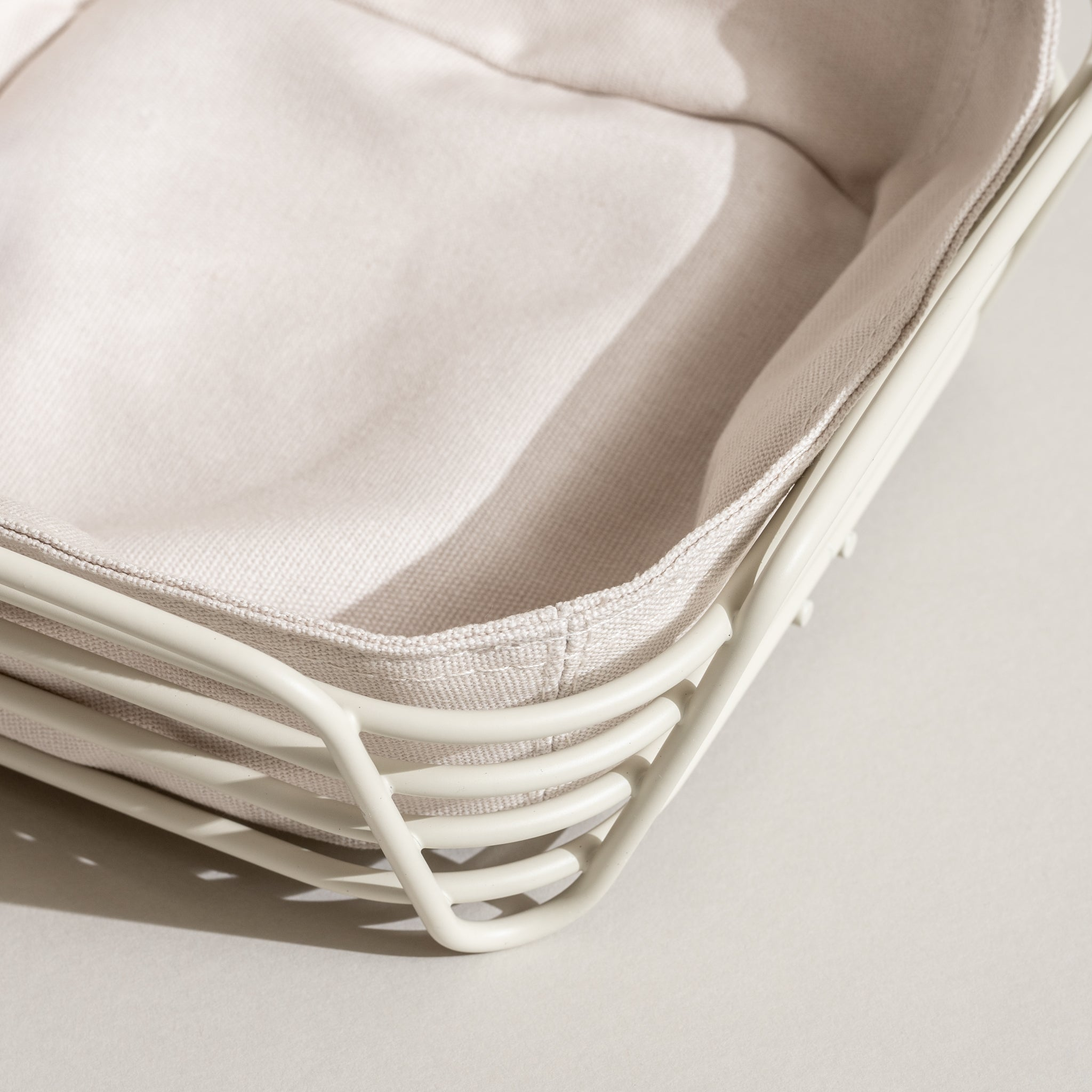 Delara Wire Serving Basket