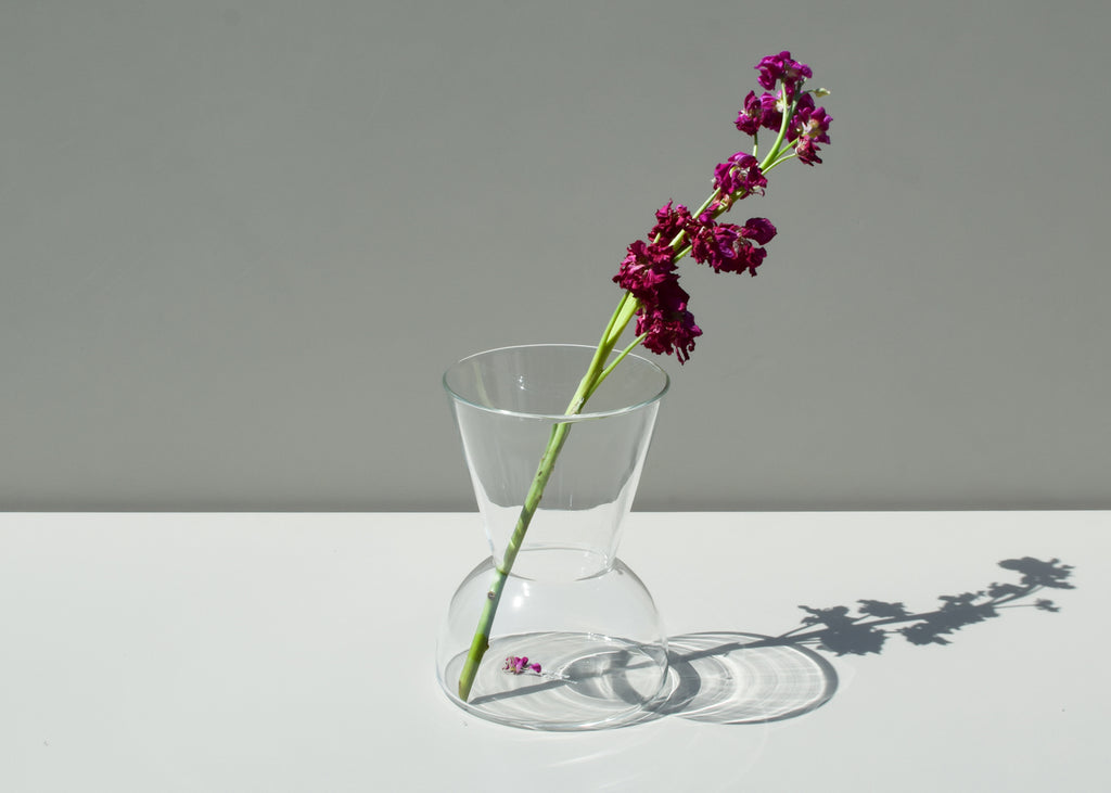 The Gather Vase design combines curves and straight lines to a unique flower display.