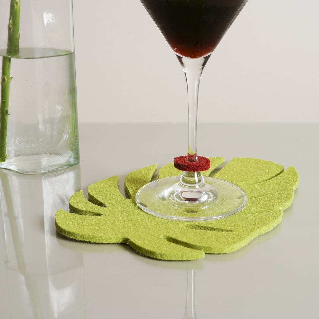 Wine-O's mark your glasses in a fun way, by Graf Lantz.