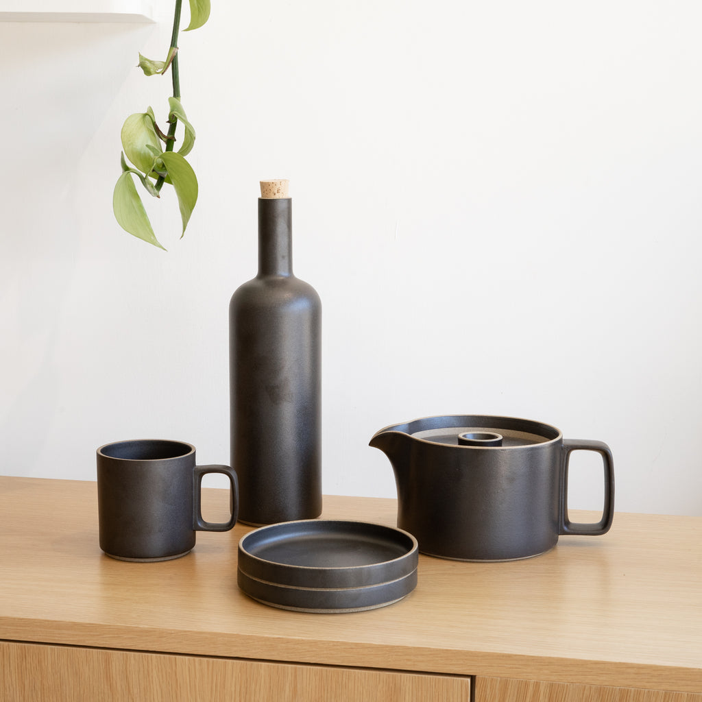 Hasami Porcelain ceramic wares made in Japan, featuring the 13oz Mug in black finish.