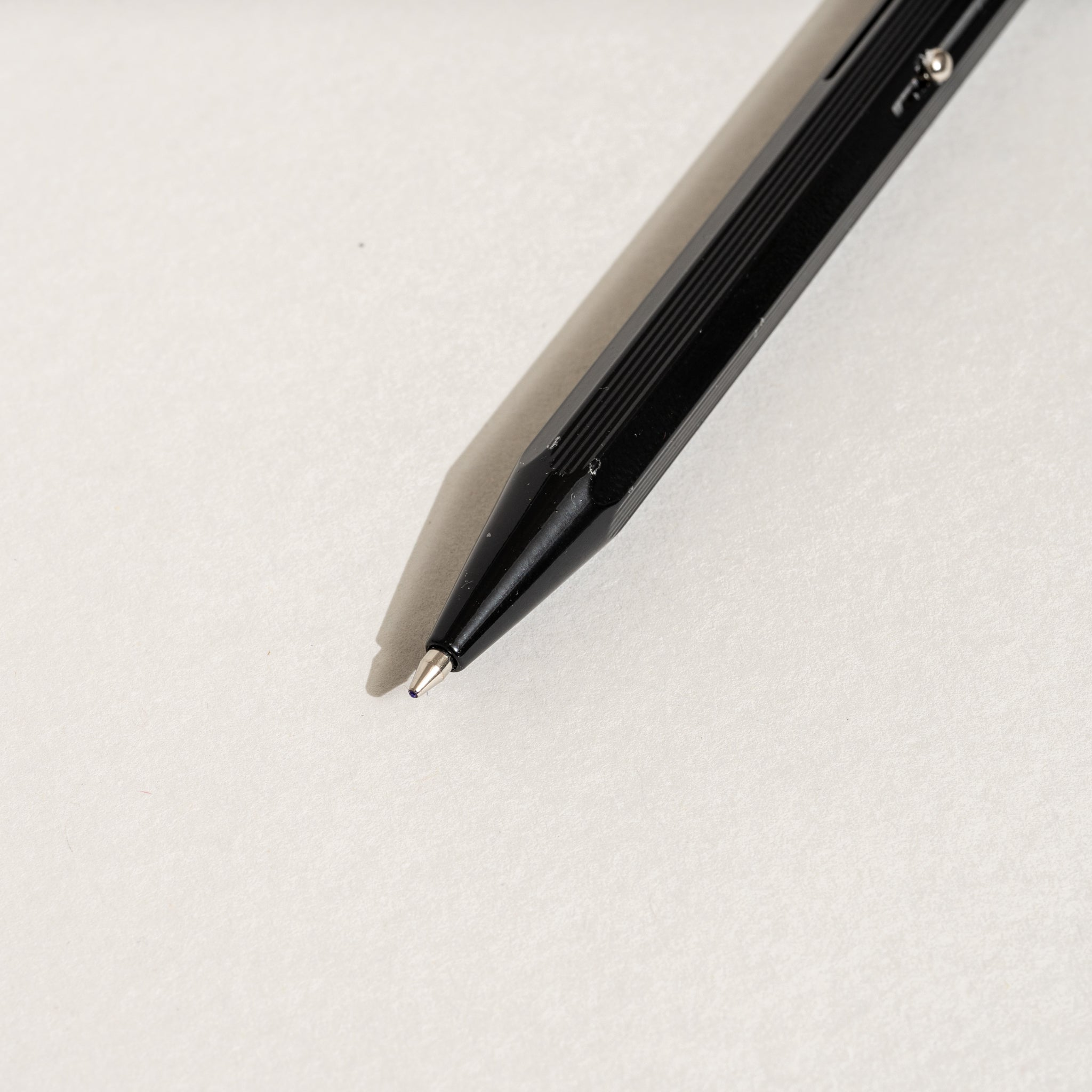 Hightide Stationery 4-Color Ballpoint Pen (Black)