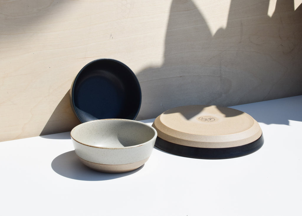 A front view of the Ceramic Lab Bowl from Kinto in beige with the Deep Plate.